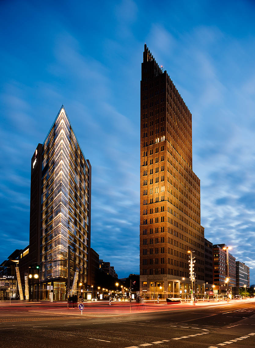 Debis-Tower-Kollhoff-Potsdamer-Platz-Berlin-Germany-Architecture-03n