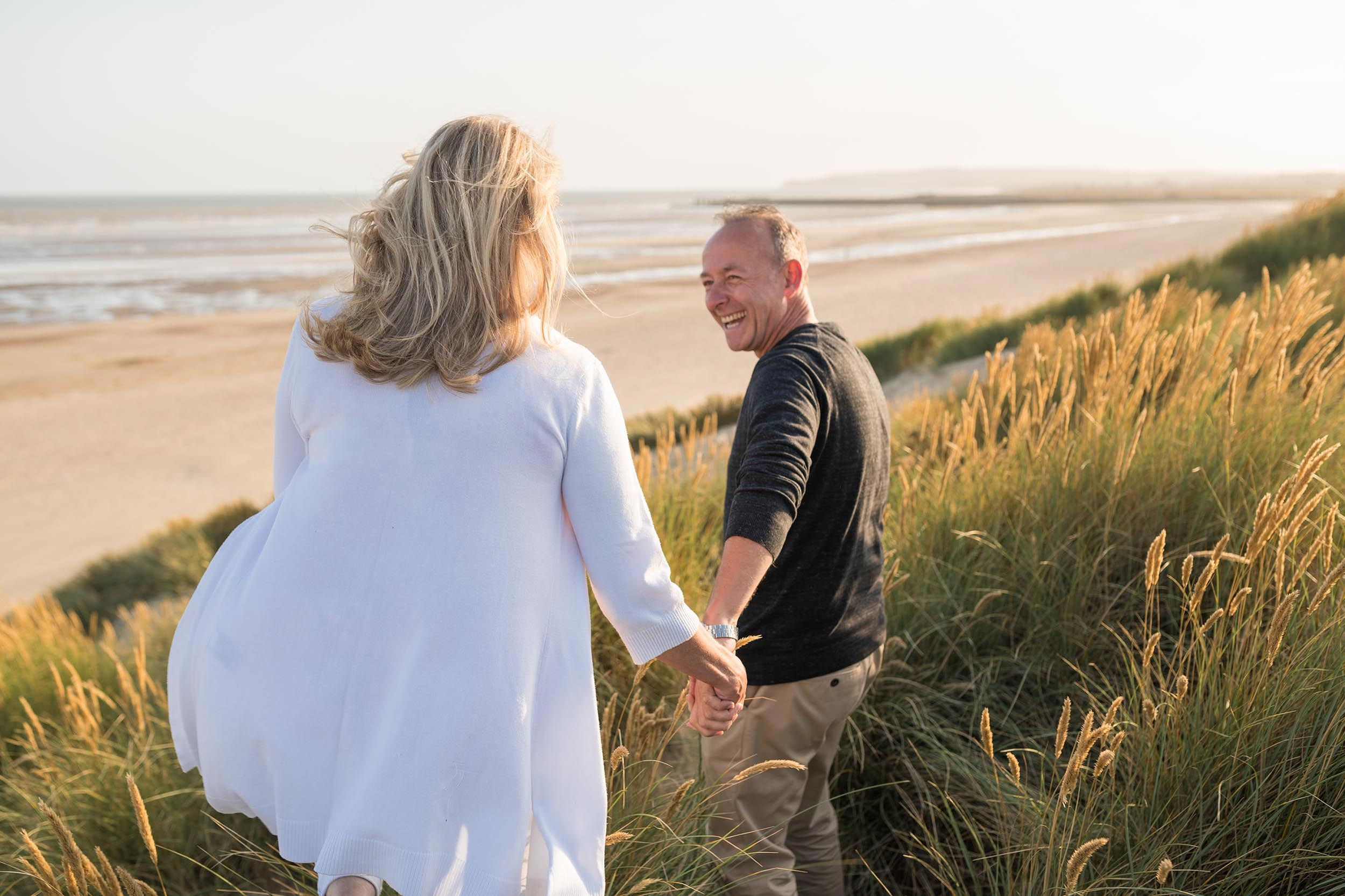 camber-sands-beach-senior-couple-lifestyle-photographer-uk