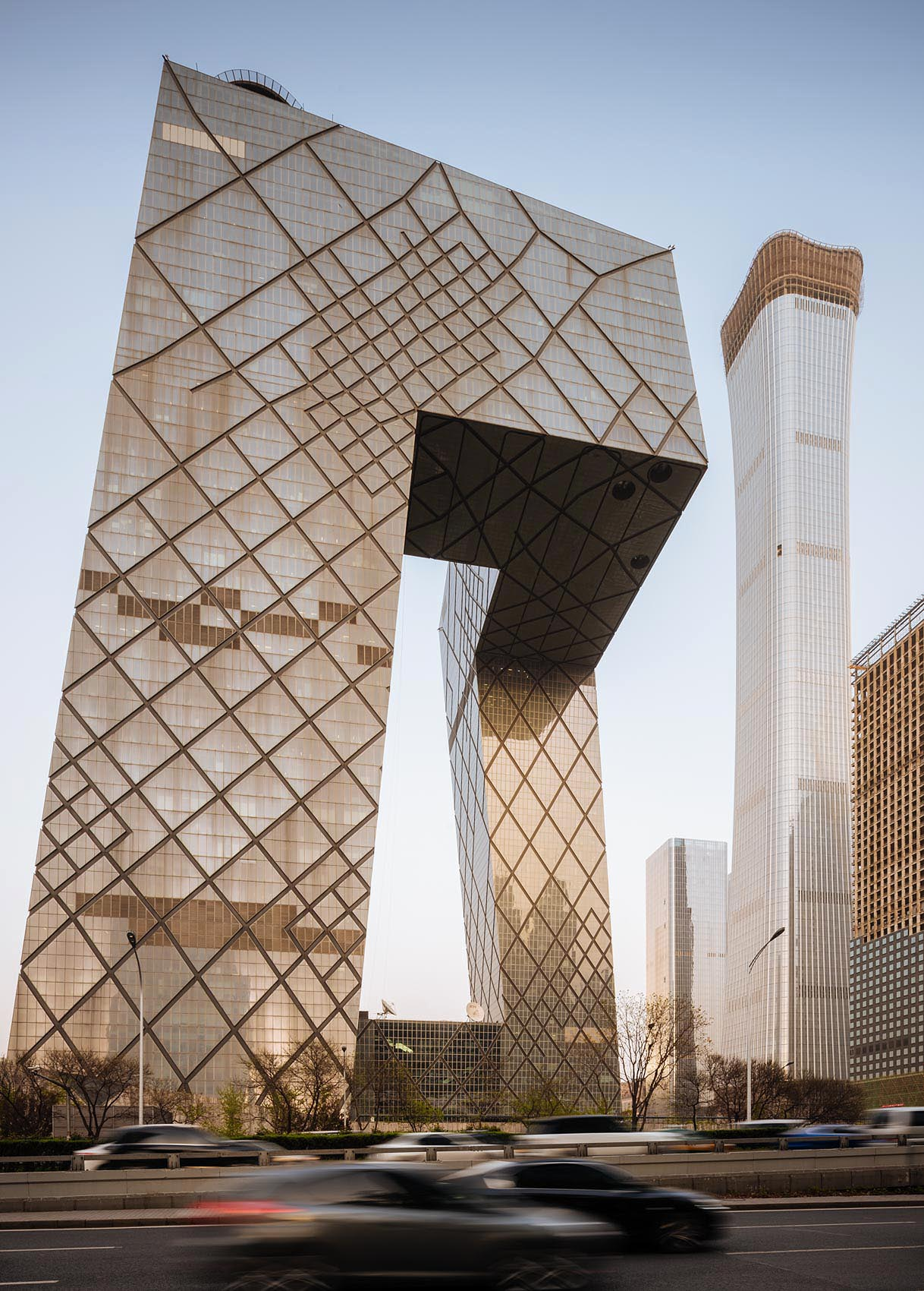 cctv-building-beijing-architecture-china-modern-skyscraper