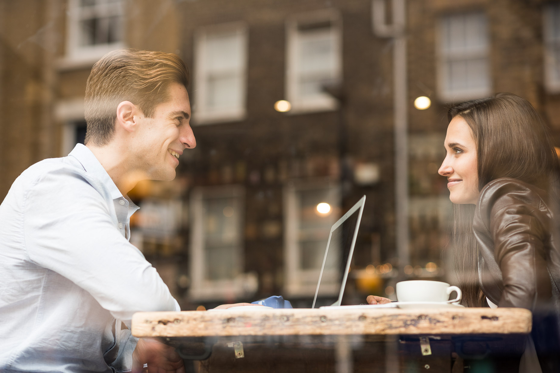 couple-meeting-business-cafe-coffee-angel-islington-london-09