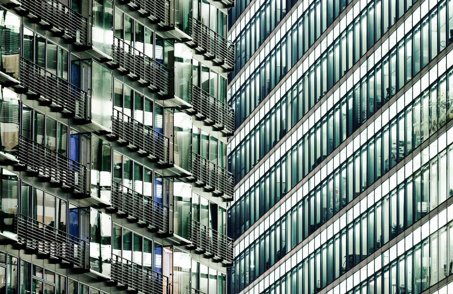 detail-windows-potsdamer-platz-berlin-germany-21