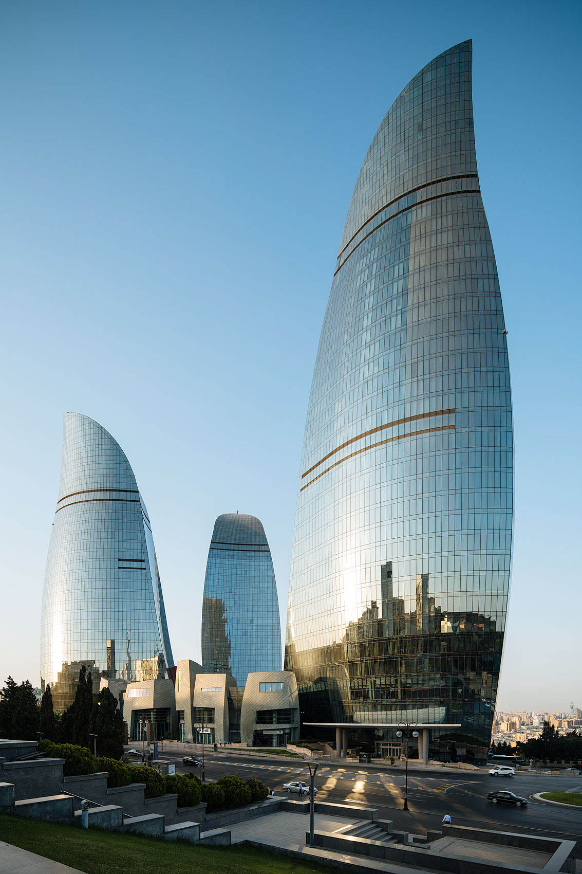 flame-towers-baku-architecture-azerbaijan