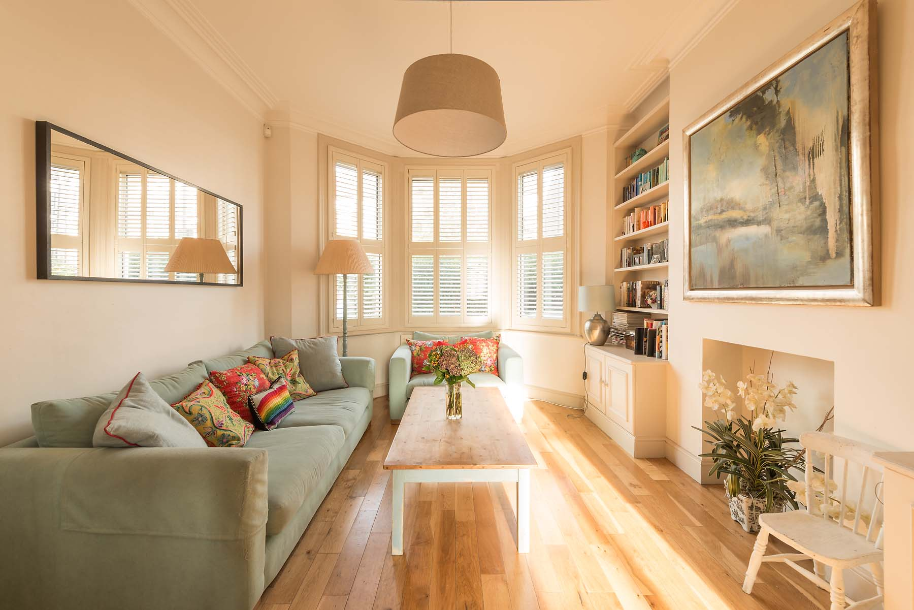 living-room-daylight-residential-property-photographer-london-14