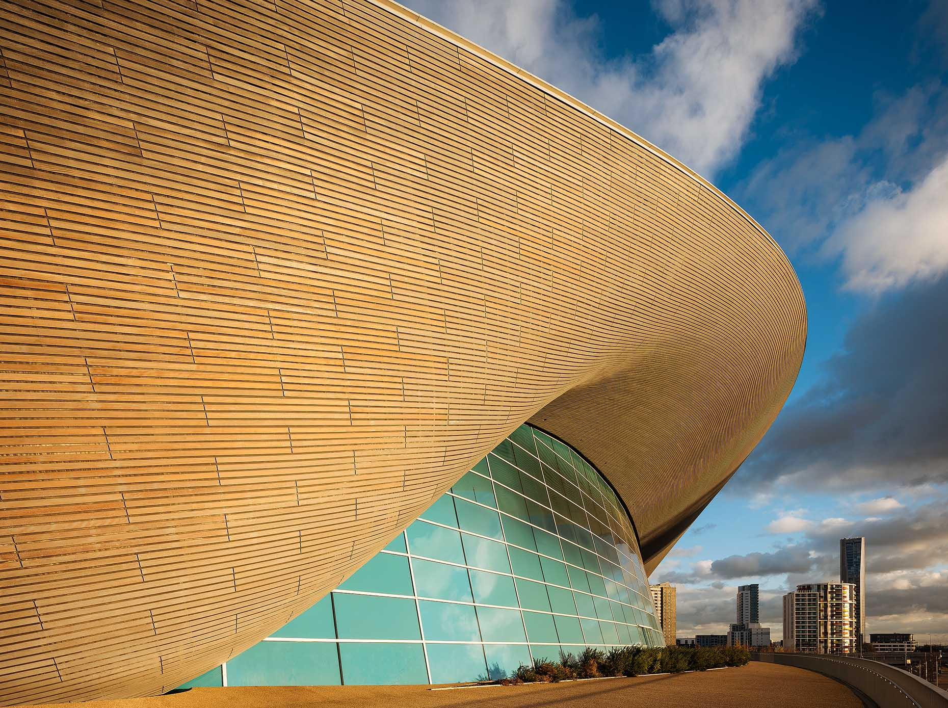 london-aquatics-centre-stratford-architecture-01